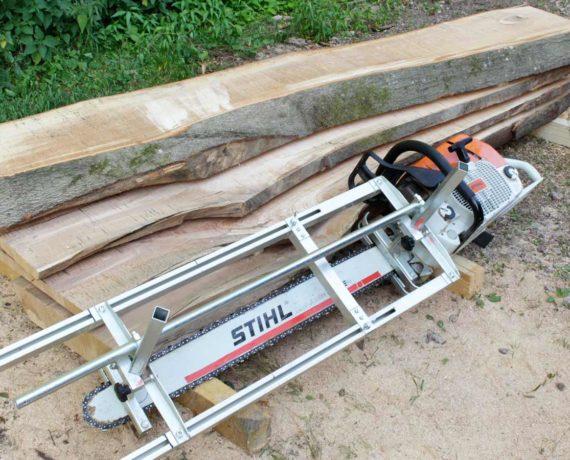 Einsatze eines Kleinsägewerks – Wie aus Bäumen Bretter werden