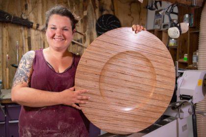 Sarah Borkowski – Barefoot Wood Art