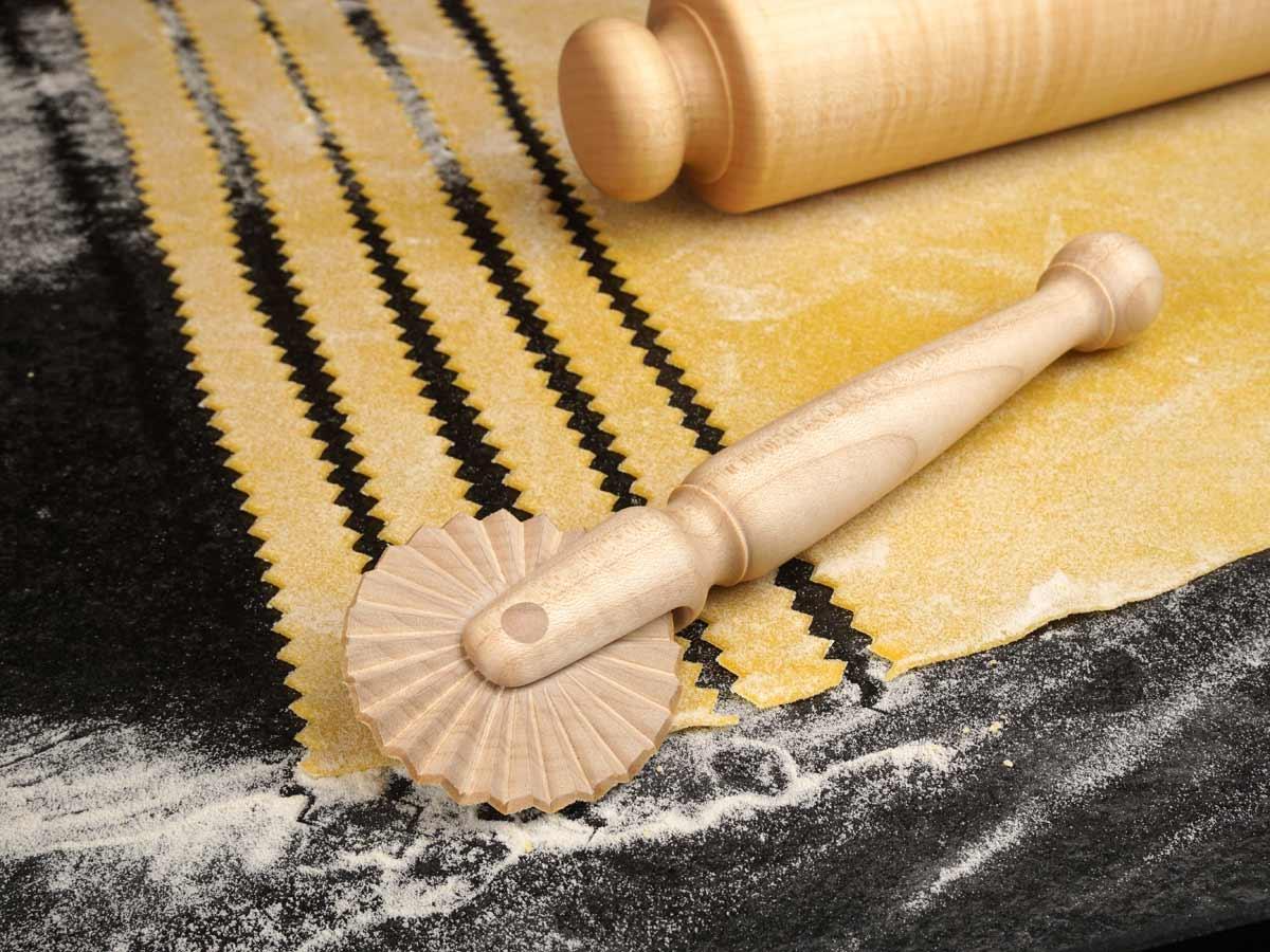 Anleitung: Teigschneider aus Holz selbst drechseln